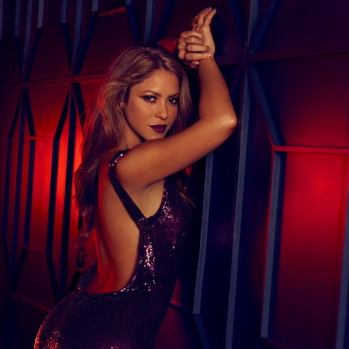 Shakira Dance Red Midnight